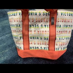 Brand new with tags victoria secret beach tote